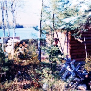 1971,Lee working building the sauna