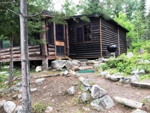 Cabin Eight: Exterior
